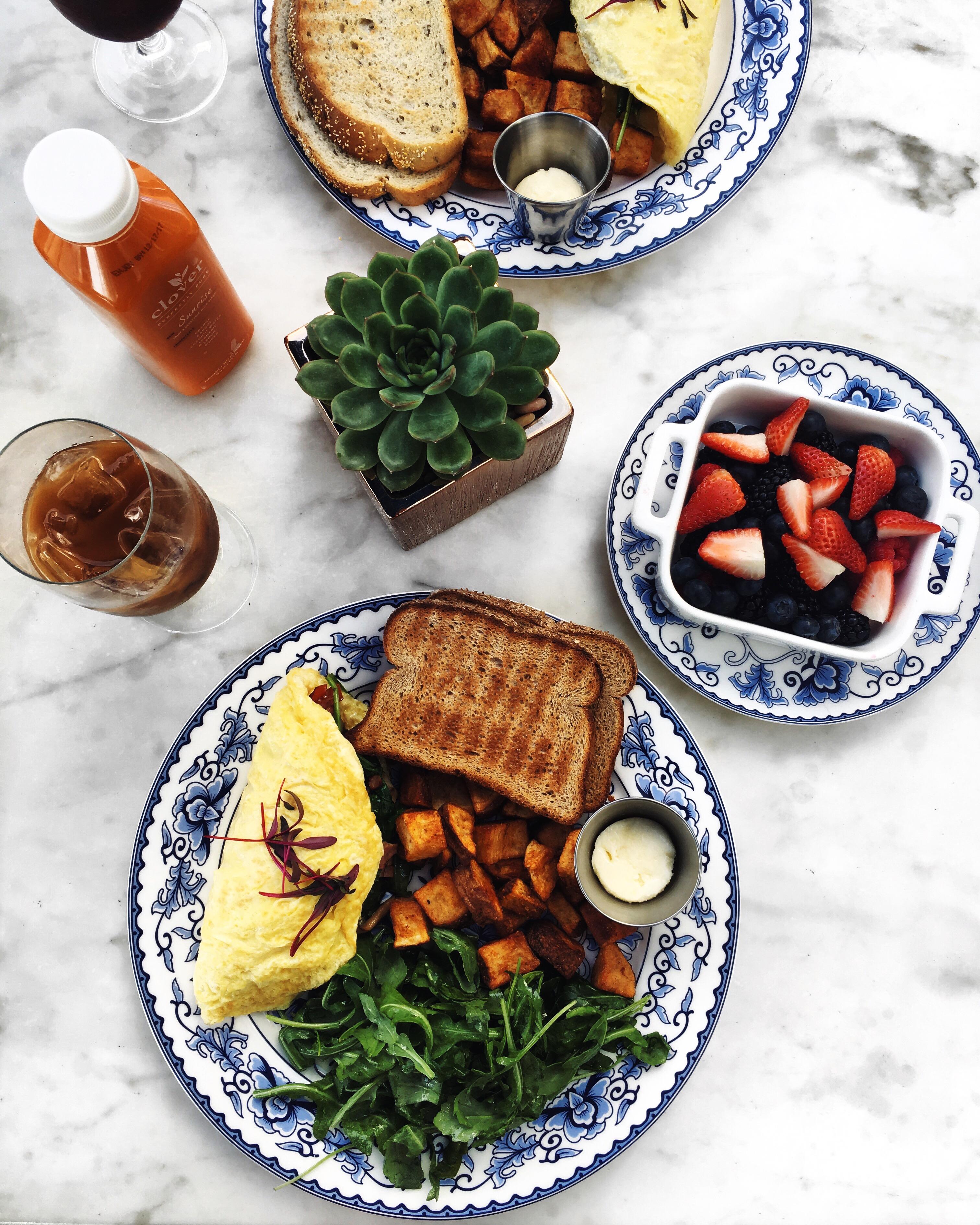 LA healthy brunch
